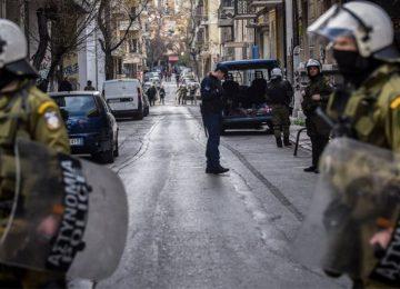 Εξάρχεια: Οργή της Ενωσης Εισαγγελέων