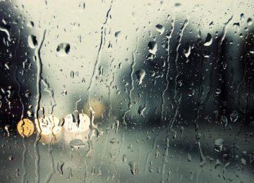 Καιρός: Ερχονται βροχές και χαλάζι