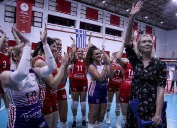 Η ομάδα βόλεϊ γυναικών του Ολυμπιακού στο One TV