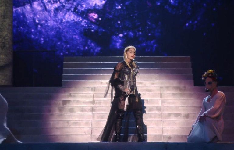 Madonna: Επικριτικά σχόλια για την εμφάνιση στη Eurovision