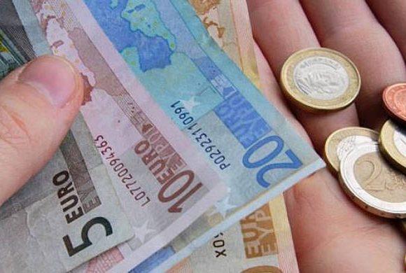 Επίδομα 800 ευρώ: Πότε θα πληρωθεί – Οι αιτήσεις