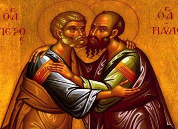 Πέτρου και Παύλου : Τι συμβολίζει ο εναγκαλισμός τους