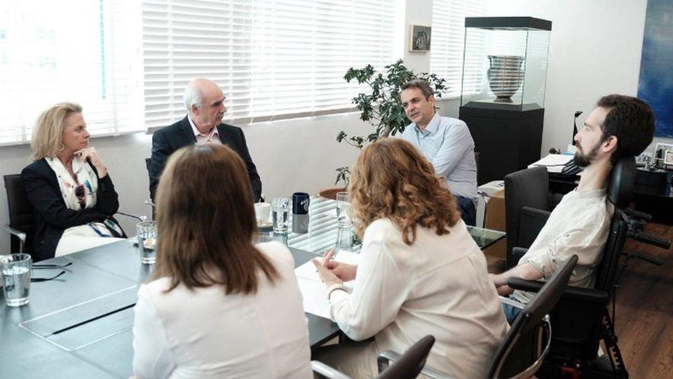 Με τους ευρωβουλευτές συναντήθηκε ο Κυριάκος Μητσοτάκης