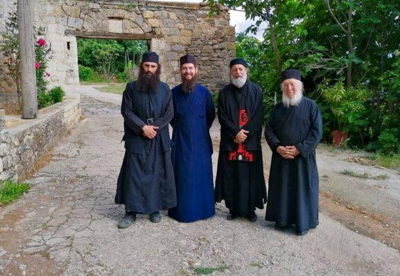 Ανθιμος Ανανιάδης: Εγινε μοναχός στο Αγιο Ορος (ΦΩΤΟ)