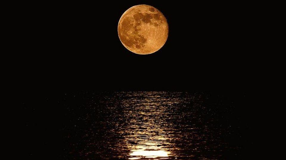 Πανσέληνος Αυγούστου: Μικρότερο το φεγγάρι σήμερα