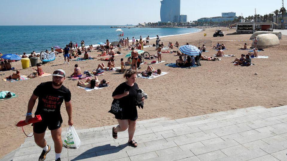 Ισπανία: Εκκενώθηκε παραλία λόγω εντοπισμό εκρηκτικού μηχανισμού μέσα στη θάλασσα