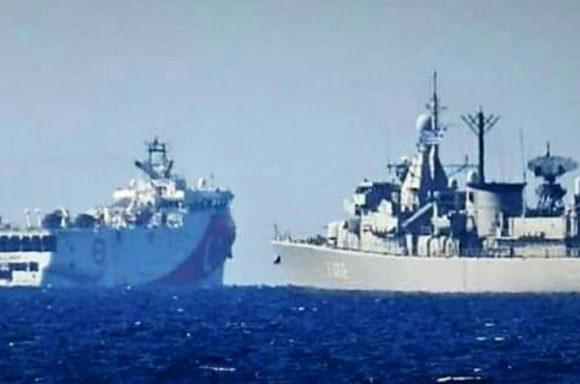 Ελλάδα vs Τουρκία: ΠΝ και ΟΥΚάδες «πνίγουν» τον τουρκικό στόλο – «Κυνήγι» υποβρυχίων στο Αιγαίο (video)