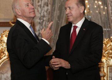 Ο Μπάιντεν ετοιμάζεται να έρθει πιο κοντά  με την  Τουρκία και να πετάξει τους ρώσους