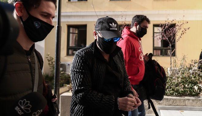 Νότης Σφακιανάκης ΤΩΡΑ : Ποινική δίωξη για οπλοκατοχή και ναρκωτικά – «Δεν μιλάω, γιατί θα πω κάτι άσχημο»