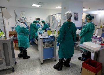 ΚΟΡΟΝΟΙΟΣ ΝΕΑ : Προσλήψεις 300 γιατρών στα νοσοκομεία -Καραντίνα έως τον Μάρτιο