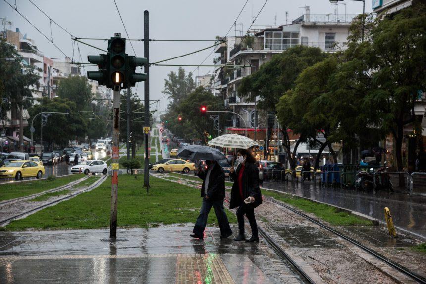 Καιρός σήμερα: Ανεβαίνει η θερμοκρασία – Πού αναμένονται βροχές και καταιγίδες (video)