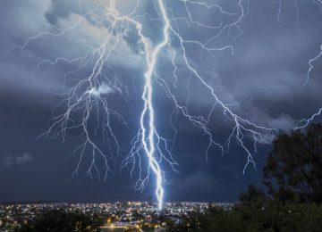 Καιρός σήμερα: Βροχές και σποραδικές καταιγίδες – Πού θα χτυπήσει η κακοκαιρία (video)