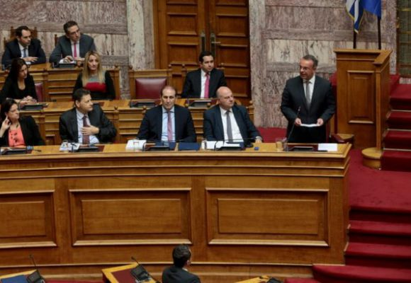 LIVE Βουλή: Οι ομιλίες των πολιτικών αρχηγών για τον Προϋπολογισμό 2021