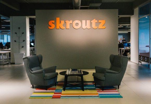 Προσλήψεις από τη Skroutz – Επιδότηση 5000 ευρώ από το ΕΣΠΑ για e-shop