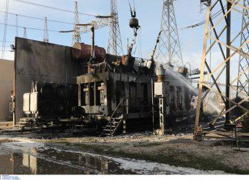 Εικόνα ολικής καταστροφής από την φωτιά στο ΚΥΤ Ασπροπύργου – Στο σκοτάδι Αττική και Πελοπόννησος