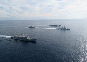 Θρασύτατη τουρκική πρόκληση: «Παρέλαση» 87 πολεμικών πλοίων στο Αιγαίο – Ξεκίνησε η άσκηση «Γαλάζια Πατρίδα» (video)